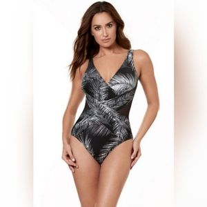 Miraclesuit Night Flight Crossover NWT